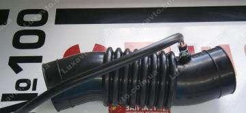 Патрубок воздушного фильтра Geely MK1 [1.6, -2010г.], Geely MK2 [1.5, 2010г.-], Geely MKCross [HB]