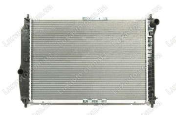 Радиатор охлаждения Шевроле Авео 1.5-1.6 (Chevrolet Aveo) с кондиционером МКПП FSO 600 мм