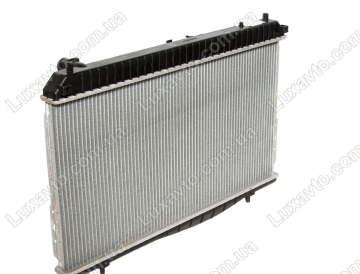 Радиатор охлаждения Шевроле Лачетти 1.6-1.8, 1.8 LDA (Chevrolet Lacetti) МКПП с кондиционером FSO