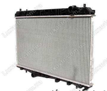 Радиатор охлаждения Шевроле Лачетти 1.6-1.8, 1.8 LDA (Chevrolet Lacetti) МКПП с кондиционером HCC