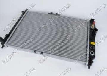 Радиатор охлаждения Шевроле Авео (Chevrolet Aveo) Т 255 и VIDA (алюминиевый-паянный) Luzar