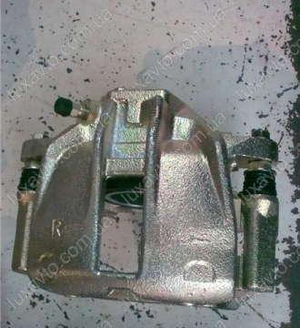 Суппорт передний правый Чери Амулет А15 (Chery Amulet) под усы