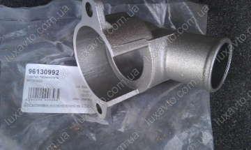 Корпус термостата Дэу Ланос 1.6 (Daewoo Lanos), Дэу Нексия 1.6 (Daewoo Nexia), Шевроле Лачетти 1.6 (Chevrolet Lacetti), Авео 1.6 (Aveo) (DM) Корея верх