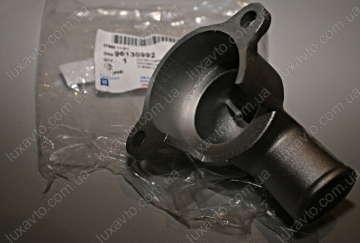 Корпус термостата Дэу Ланос 1.6 (Daewoo Lanos), Дэу Нексия 1.6 (Daewoo Nexia), Шевроле Лачетти 1.6 (Chevrolet Lacetti), Авео 1.6 (Aveo) (GM) Корея верх