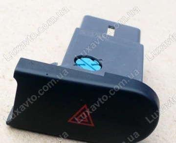 Кнопка включения аварийной сигнализации Дэу Ланос (Daewoo Lanos) GM