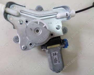 Мотор стеклоподьемника Шевроле Авео (Chevrolet Aveo) задний правый Dong Yang (OEM)