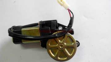 Мотор (двигатель) стеклоподъемника Шевроле Авео (Chevrolet Aveo) DM левый