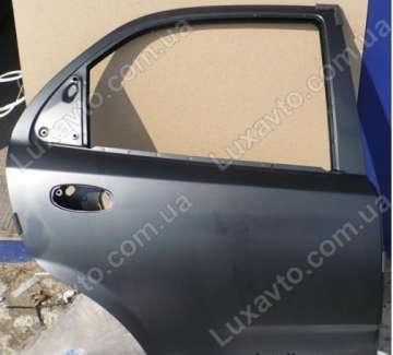 Дверь задняя правая Шевроле Авео (Chevrolet Aveo) T250 (чёрная) GM
