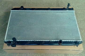 Радиатор охлаждения Chery Tiggo [1.6, -2012г.], Chery Tiggo [1.8, -2012г.]