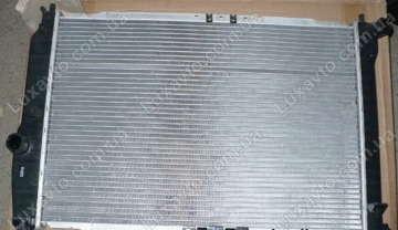 Радиатор охлаждения Шевроле Авео 1.5-1.6 (Chevrolet Aveo) с кондиционером МКПП Sorecs 600 мм