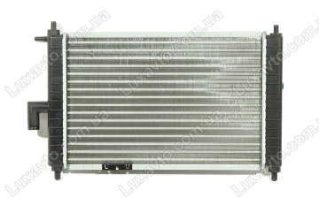 Радиатор охлаждения Дэу Матиз 0.8-1.0 (Daewoo Matiz) M150 MКПП Samsung