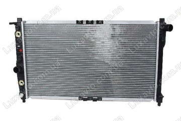Радиатор охлаждения Дэу Нубира (Daewoo Nubira) 97-99 АКПП Samsung