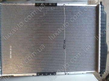 Радиатор охлаждения Шевроле Авео 1.5-1.6 (Chevrolet Aveo) с кондиционером АКПП КМС 600 мм
