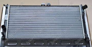 Радиатор охлаждения Дэу Ланос (Daewoo Lanos) (алюминиевый паяный) без кондиционера Luzar