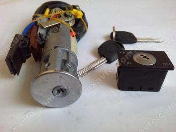 Замок зажигания с ключами и личинками (комплект) Geely CK