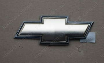 Эмблема крышки багажника крест Шевроле Авео (Chevrolet Aveo)