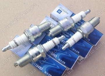 Свеча зажигания Дэу Ланос 1.5 (Daewoo Lanos), Шевроле Авео 1.5 (Chevrolet Aveo) GM